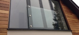 Glass juliette balcony