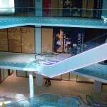 Frameless glass balustrade in the atrium