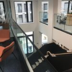 Steel staircase with flat plate balustrade
