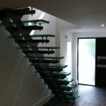 Floating staircase with glass treads